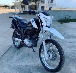Honda NXR 160 Bros  2016 entrada de 900 reais