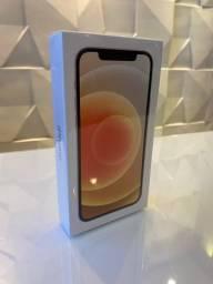 iPhone 12 64Gb / branco