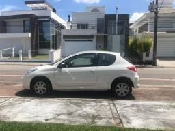 Peugeot 207 XR 1.4 Flex ano 2012