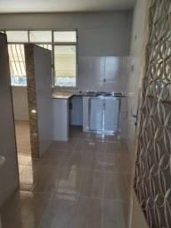 Alugo um excelente apartamento no centro de Niterói perto do Guanabara