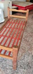 Título do anúncio: Cama solteiro madeira - ENTREGO