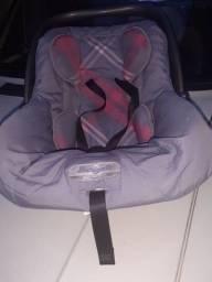 Bebê conforto Burigoto.