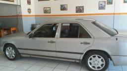 Título do anúncio: Mercedes 300E