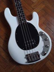 Baixo Sterling RAY34 Music Man Indonesia