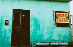 Aluga-se casa  na  ibura Ur2  ( próximo a escola cristiano cordeiro)