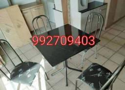 Título do anúncio: Mesa em granito 4 cadeiras, Nova