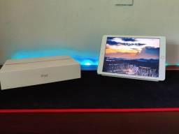 Título do anúncio: iPad 2018 32gb com caixa