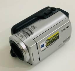 Título do anúncio: Filmadora Sony Dcr-sr47 Hd De 60gb Zoom Óptico 60x Tela 2.7'