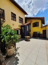 Título do anúncio: Casa à venda com 4 dormitórios em Rio branco, Belo horizonte cod:510
