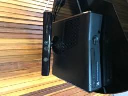 Xbox360 com kinect, ótimo estado de conservação