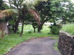 Teereno amplo com casa e cisternas em São Gonçalo
