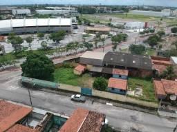 Vendo/Alugo imóvel comercial em Maracanaú
