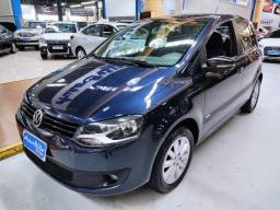 Volkswagen Fox 1.0 Flex Azul 2014 ( Completo)