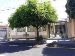 8493 | Casa à venda com 3 quartos em Parque Celeste, São José Do Rio Preto