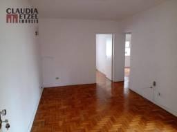 Apartamento 02 Dormitorios na R Alves Guimarães próx as Clínicas!!