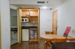Flat a poucas quadras do Hospital das Clinicas, fácil acesso a Marg Pinheiros, Rebouças e