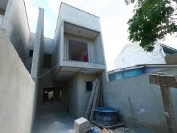 Lindo sobrado à venda no bairro novo B, com 3 quartos e 77 m² no Sitio Cercado, próximo a