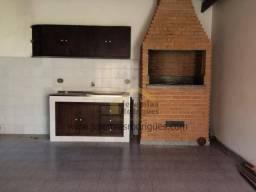 Casa com 3 dormitórios para alugar, 324 m² por R$ 2.700,00/mês - Jardim Independência - Ta