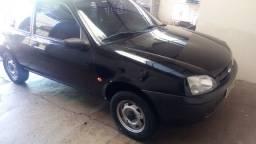 Vende- se Ford Fiesta 2001