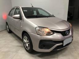 Etios X sedan 1.5 2018 Completão! Na Garantia!