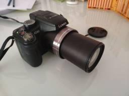 Câmera Fotográfica Panasonic - Lumix FZ40
