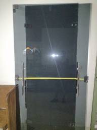 Título do anúncio: Porta de vidro blindex