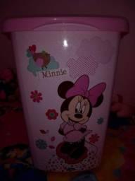 Balde de roupa da Minnie