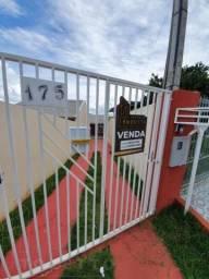 Casa para Venda em Ponta Grossa, Contorno, 2 dormitórios, 1 banheiro, 2 vagas