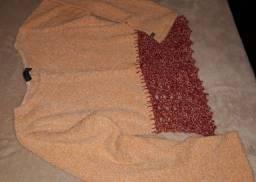 Blusa malha com detalhe em crochê.