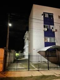 Alugo apartamento em Candeias