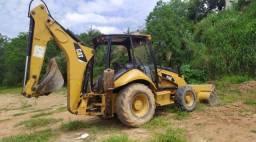 Retroescavadeira Caterpillar 416E