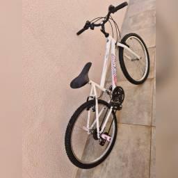 Bicicleta Wendy Aro 20 em excelente condição
