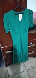 Vendo vestido novo nunca usado M