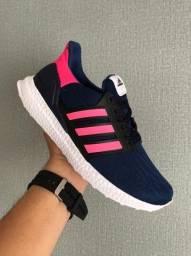 Título do anúncio: Tênis Adidas Boost Marinho/Pink