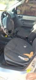 Ford fista 2004 valor 13000
