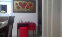 Mesa laquiada