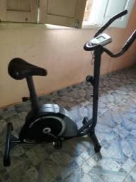 Bicicleta ergométrica modelo Mag 5000v