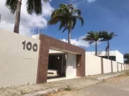 Casa para fins comerciais no Edson Queiroz