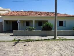 Casa de alvenaria e laje com 6 quartos na praia de Jaguaruna