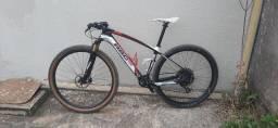 Bike  29 RSC  de carbono       Relação gx de 12v  Leia a descrição???