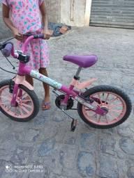 Bicicleta aro 16 semi nova para crianças