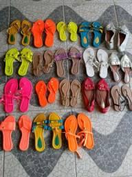 Sandálias. R$ 1,99 / 75 unidades