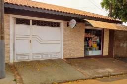 Vende - se casa em Cravinhos bairro Francisco castilho
