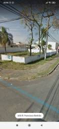 Aluga se Terreno Cidade Jardim SJP