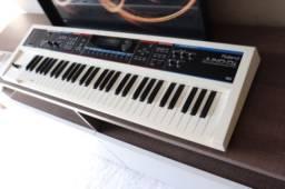 Teclado Roland Juno DI White Limited Edition