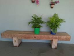 Vendo banco de madeira camarú