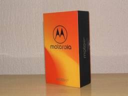 Motorola Moto E5 16gb tela 5.7 pol ram de 2gb bateria 4000 mAh novo imbativel