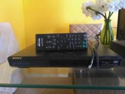 Dvd sony com USB.