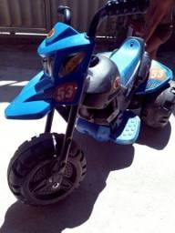 Moto eletrica xt3 400 reais