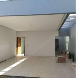 Título do anúncio: Casa no Itamaraty, Churrasqueira e Porcelanato - Anápolis - Go